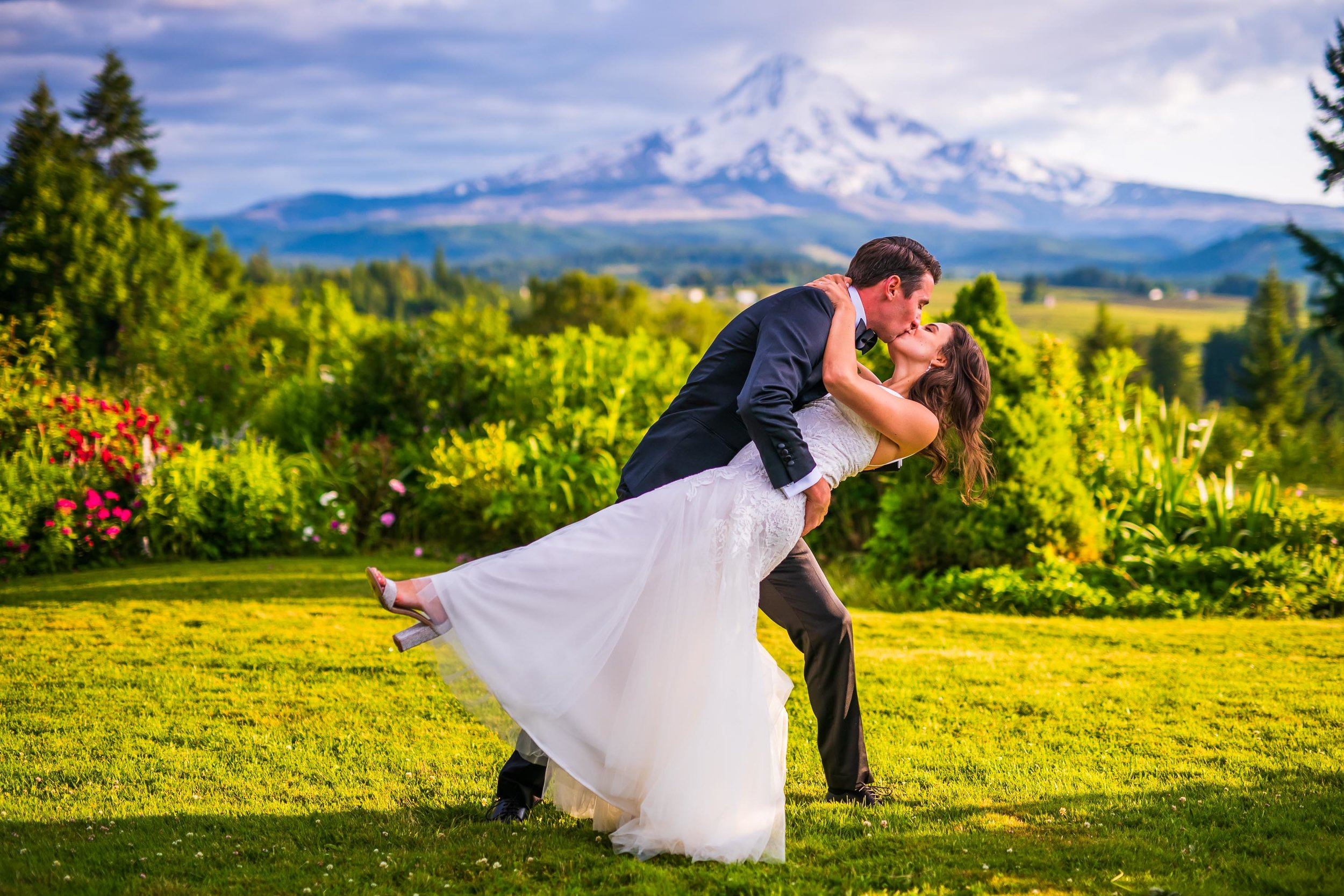 Mt Hood Organic Farms Wedding Photos 149.jpg