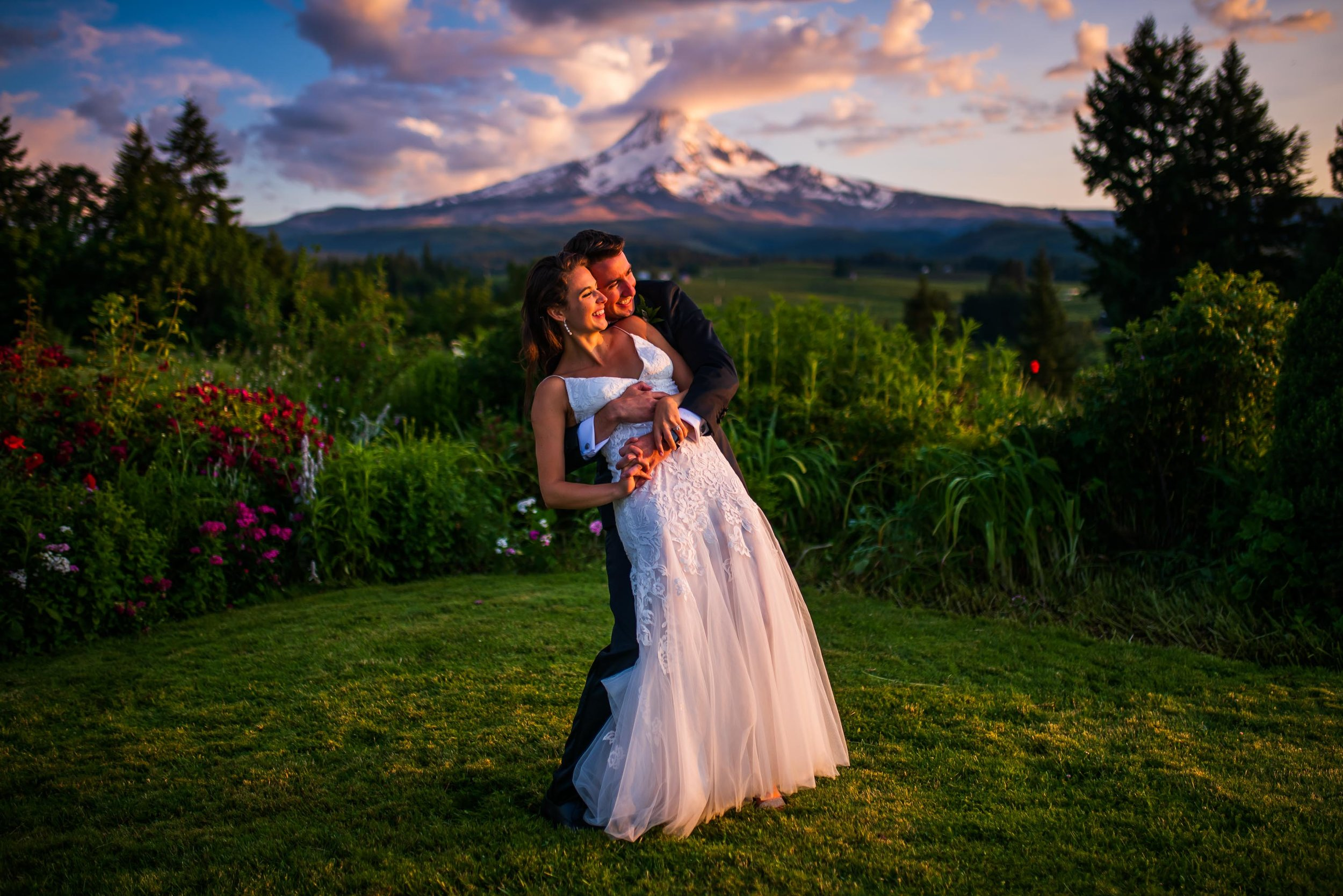 Mt Hood Organic Farms Wedding Photos 159.jpg