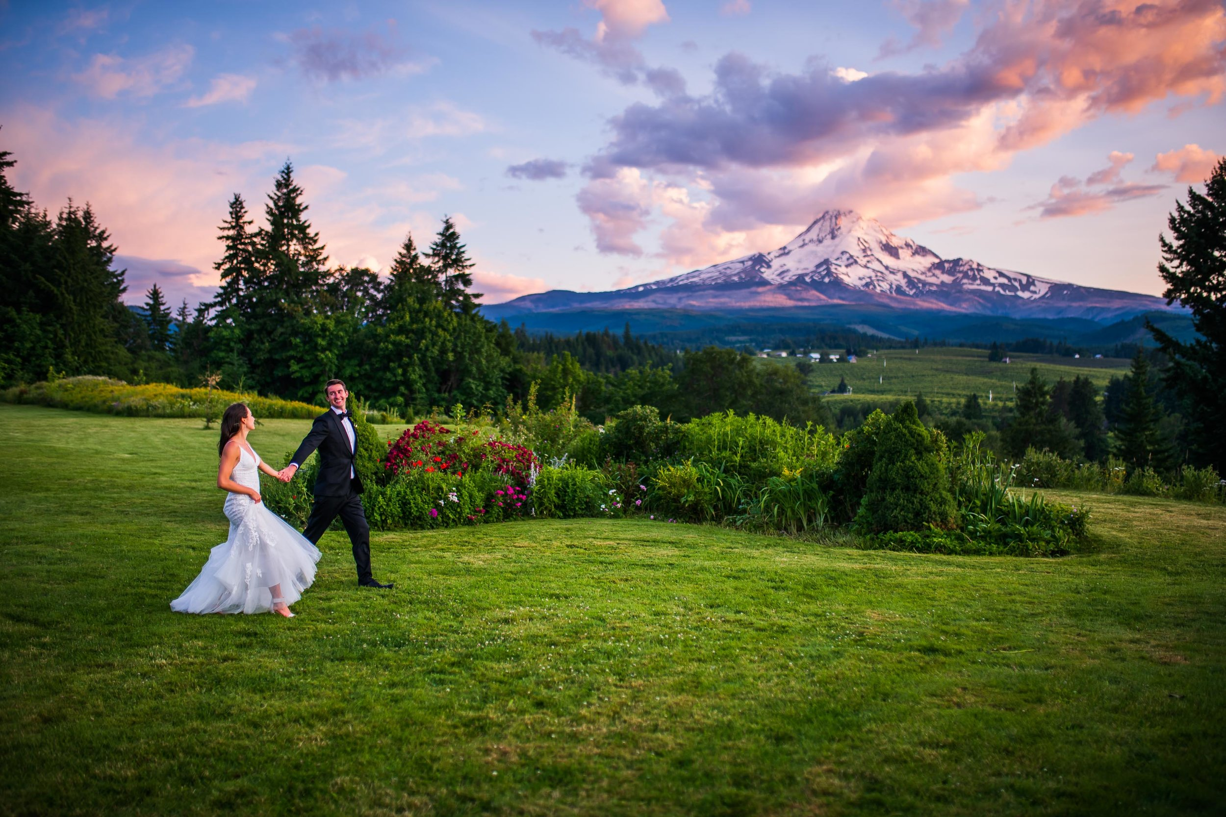 Mt Hood Organic Farms Wedding Photos 167.jpg