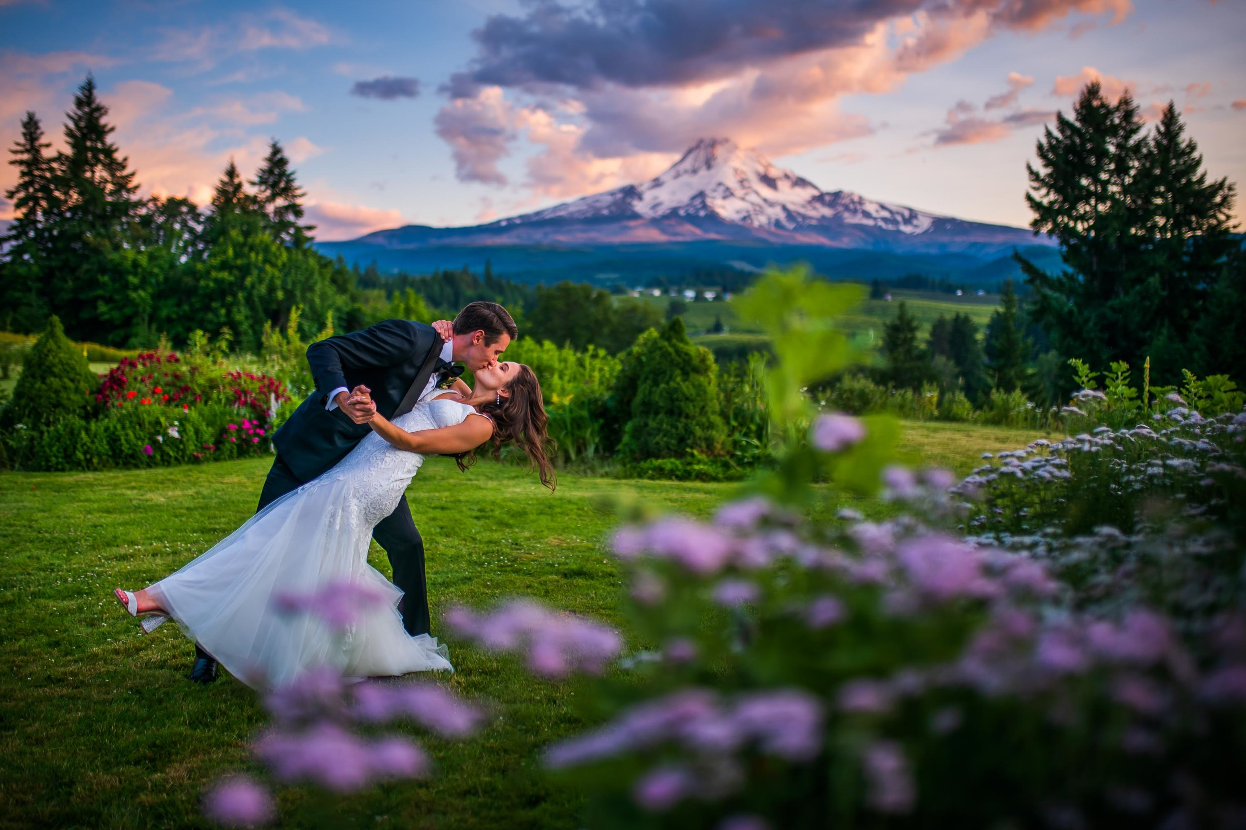 Mt Hood Organic Farms Wedding Photos 169.jpg