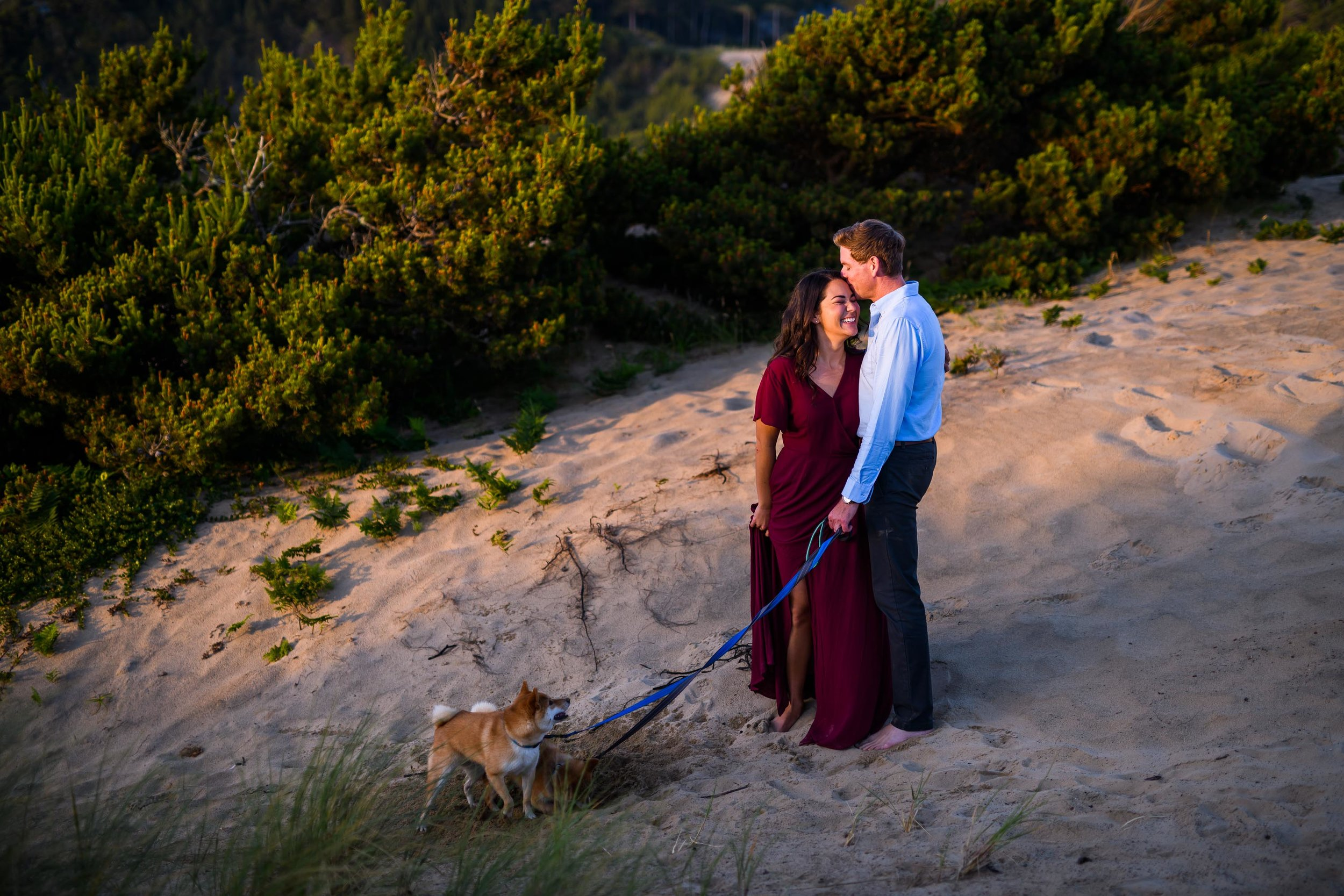 Cape Kiwanda Engagement Photos 22.jpg