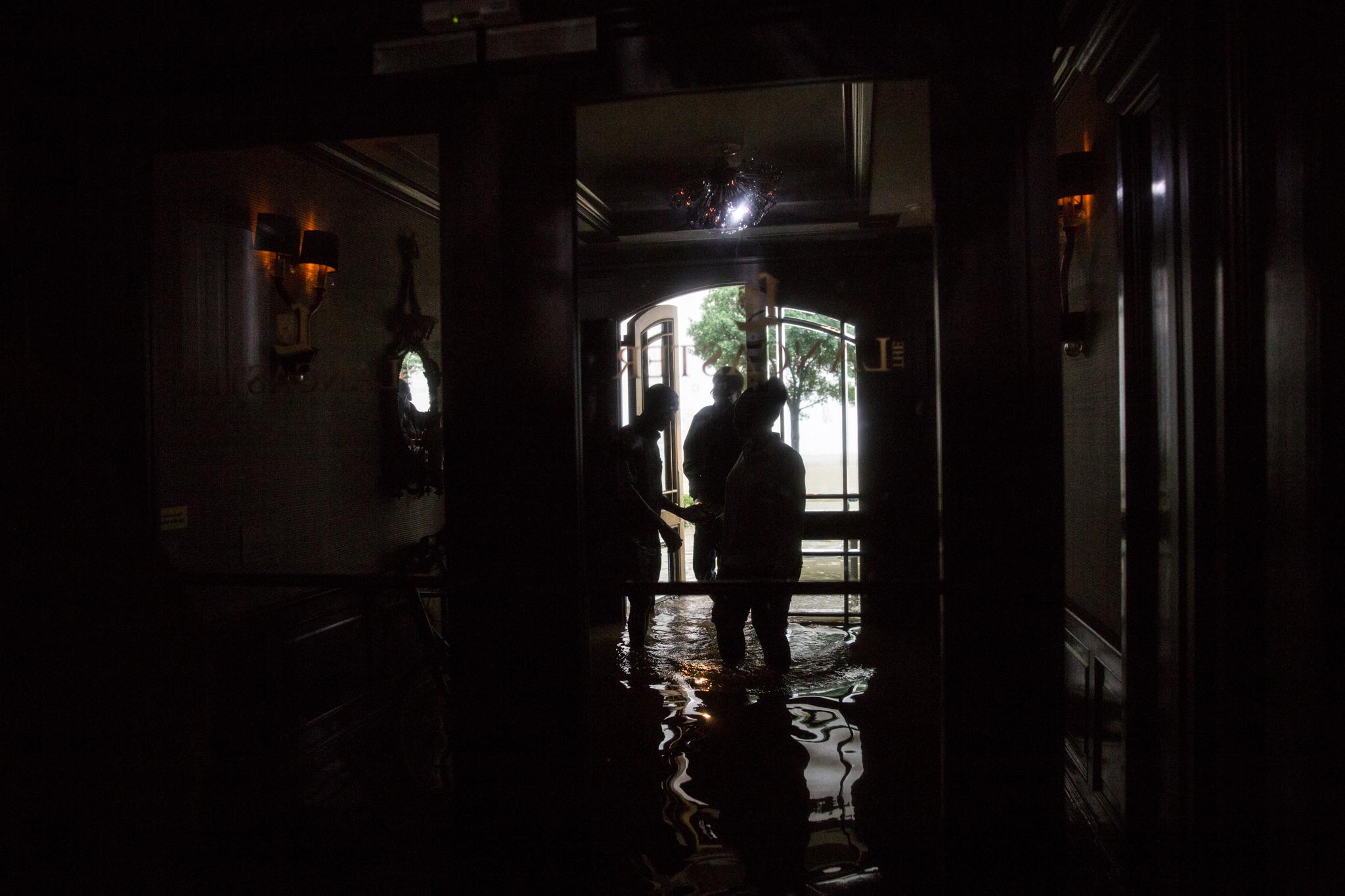 2017-08-27_Hurricane_Harvey_Downtown_Pu.Ying.Huang0077.jpg