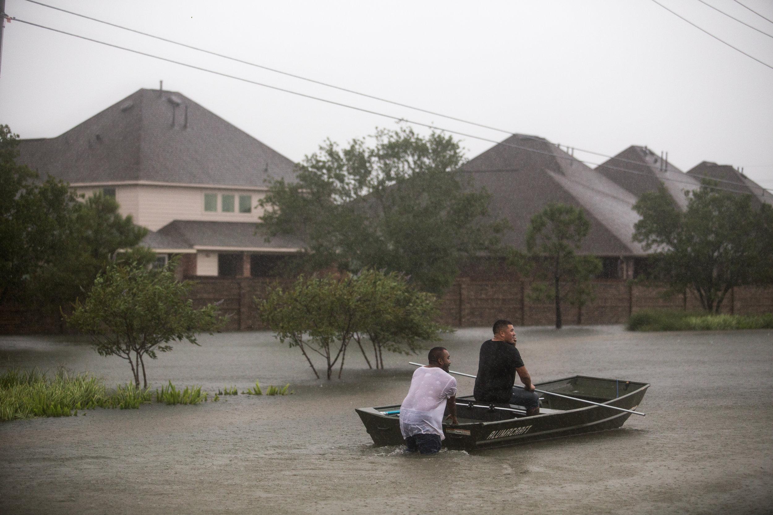 2017-08-28_Hurricane_Harvey_Harlem_Boat_Pu.Ying.Huang0037.jpg