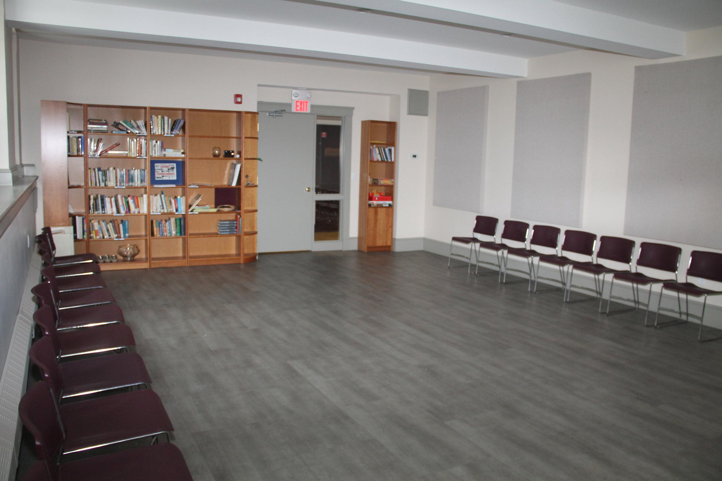 multi-purpose room CAPACITY: 30 $150/ 4 hours FOR NON-MEMBERS $75/ 4 hours FOR NON-MEMBERS