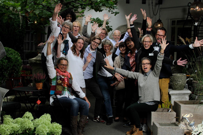 Das Mack Fellbach Team in freudiger Erwartung auf die ersten Besucher am verkaufsoffenen Sonntag des Fellbacher Herbstes.