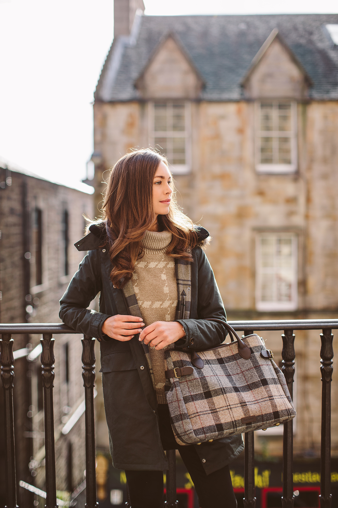 Barbour Lifestyle Classic Tartan Barbour Fortrose Wax Jacket LWX0749SG51, Barbour Tartan Business Bag LBA0257TN75_RGB_low res (4).jpg