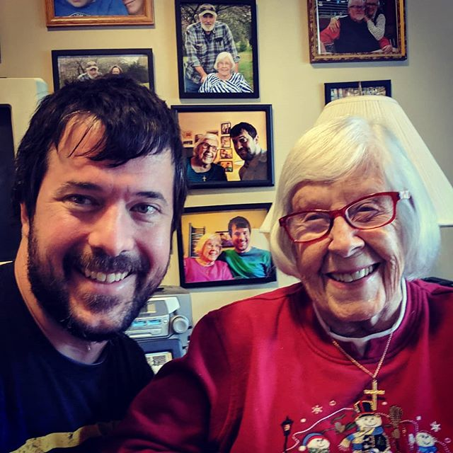 Continuing the selfie cubist tradition with my 97 year old grandmother! #cubism #nana #pictureinapictureinapicture #lookatthecameraforchristssake