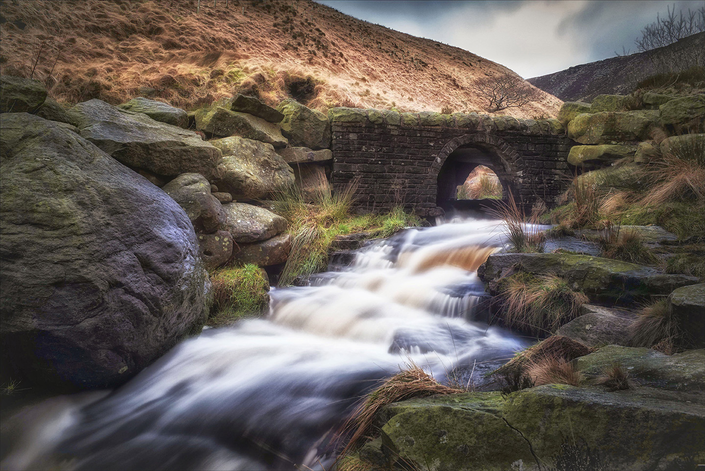 NEW! - We are now offering limited numbers of fine art landscape images of Saddleworth. Ideal as gifts for birthdays, Christmas, retirements, friends and family who have moved out of the area, corporate offices, boardrooms and receptions.Have a look now.....
