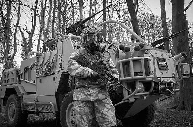 On location with #3mscottsafety. #supacat #gsr #respirator #britisharmy #soldier #military #militaryequipment #documentaryphotographer #editorialphotographer #reportagephotography #leica #leicauk #scottsafety
