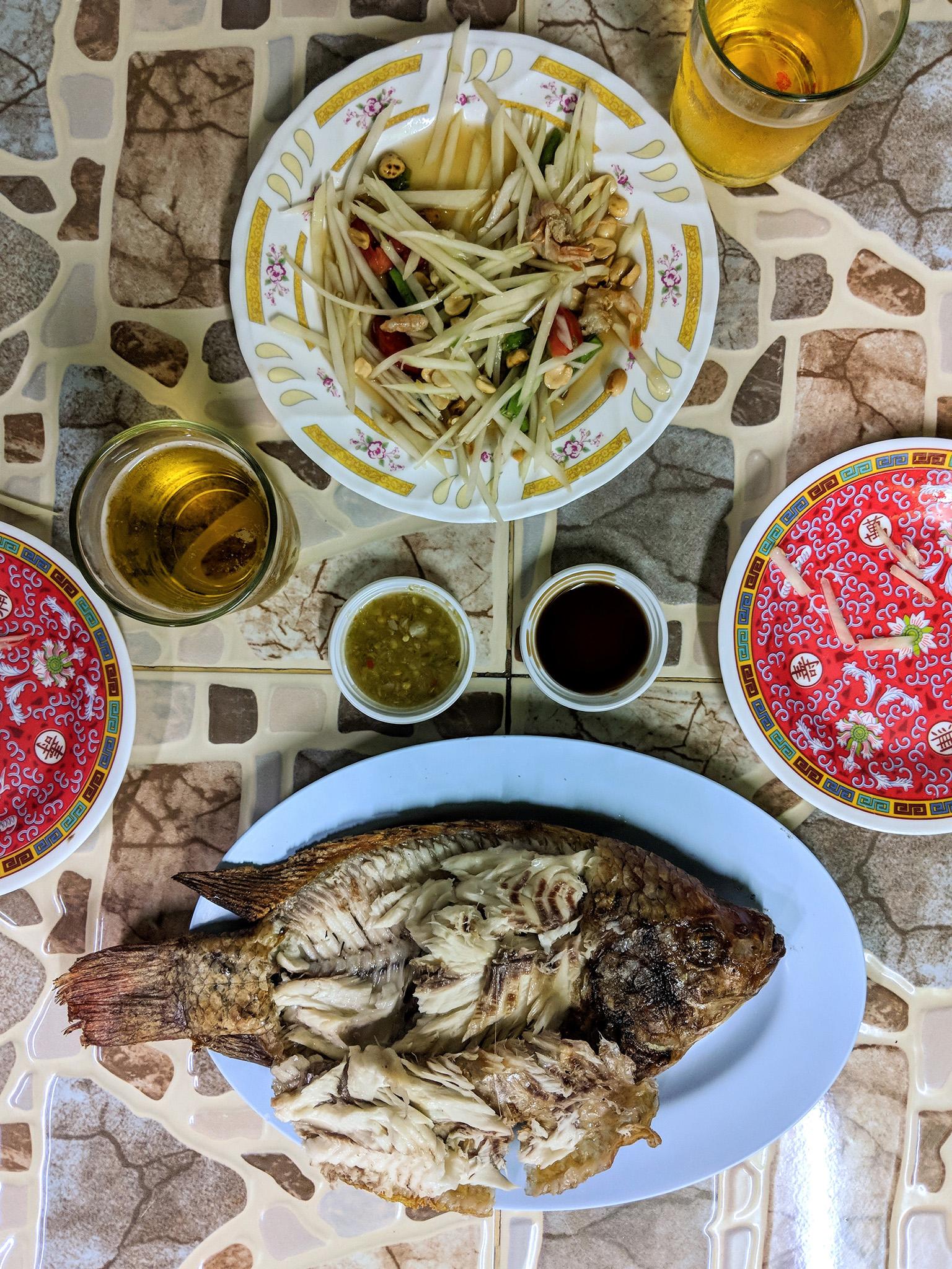 Papaya Salad and Grilled Fish at Lert Ros