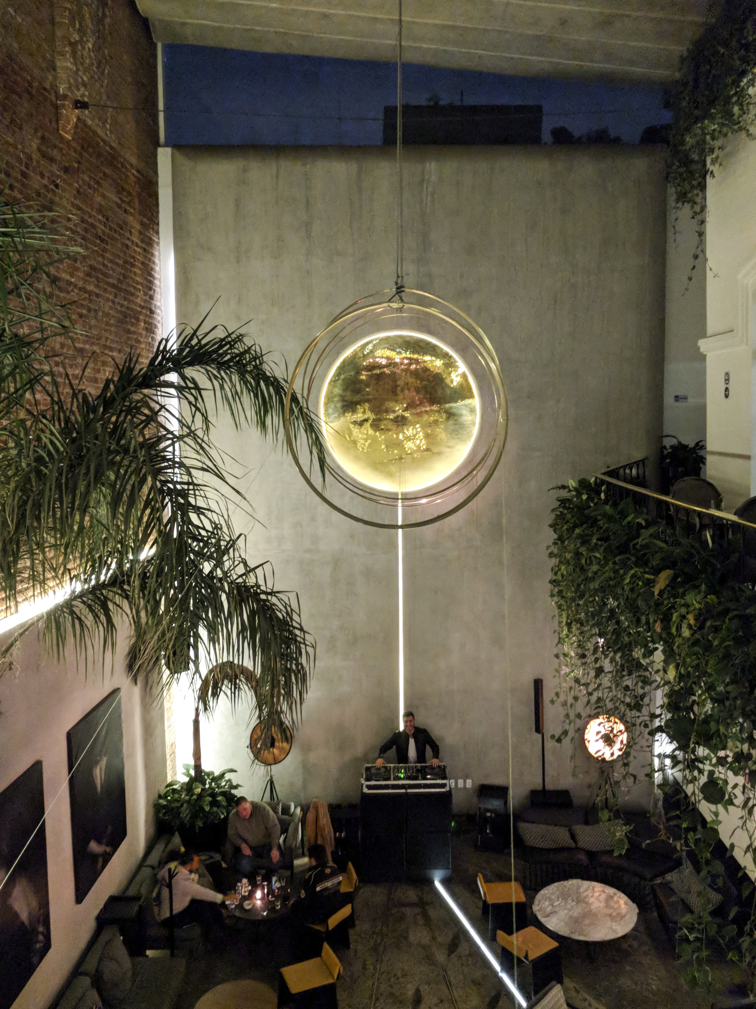 Gorgeous lounge inside Lázaro