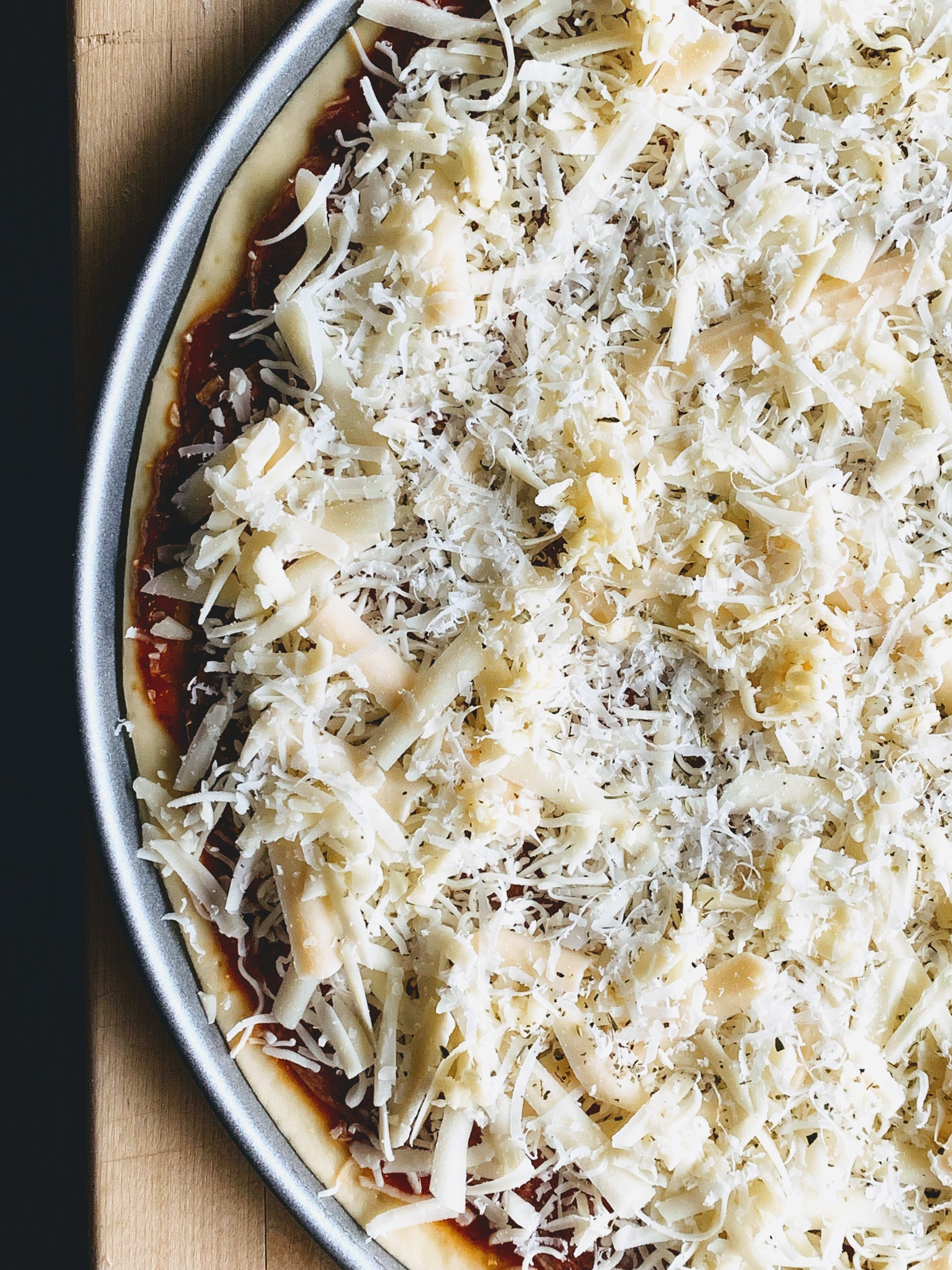 Chicago Thin Crust Pizza Cheese.jpg