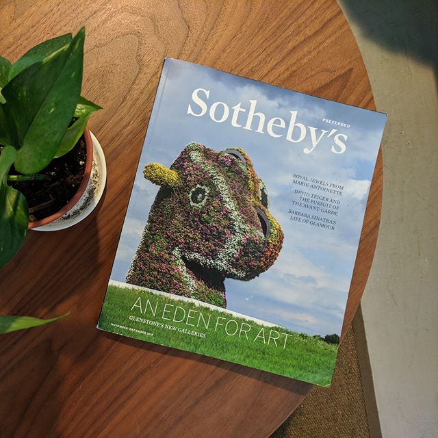 Who knew our favorite dashing horsey would become such a cover girl? . . . . @glenstonemuseum @jeffkoons #splitrocker #thisislandscapearchitecture