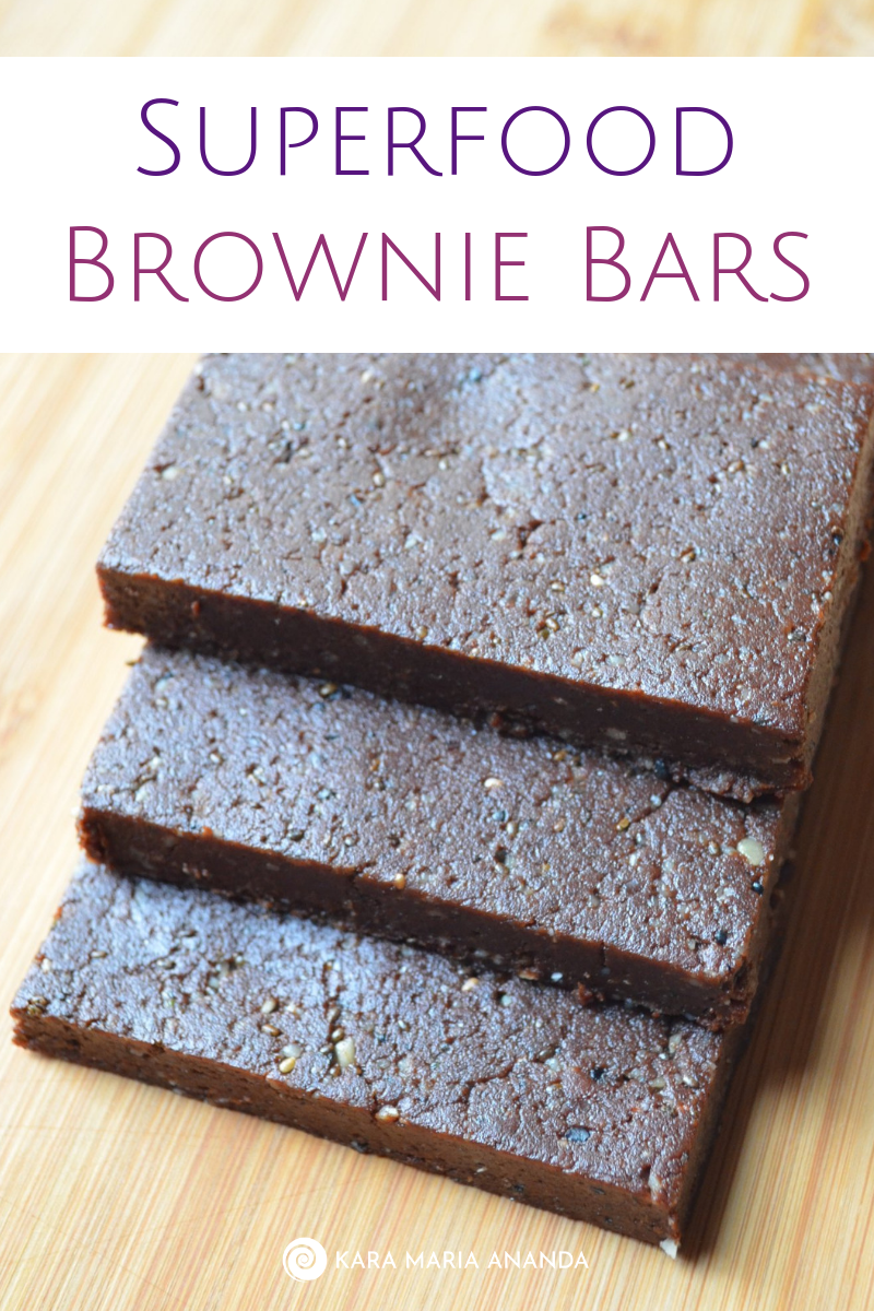 Superfood Brownie Bar Recipe | Raw & Gluten-Free | #brownie #powerbars #recipe #rawfood #glutenfree