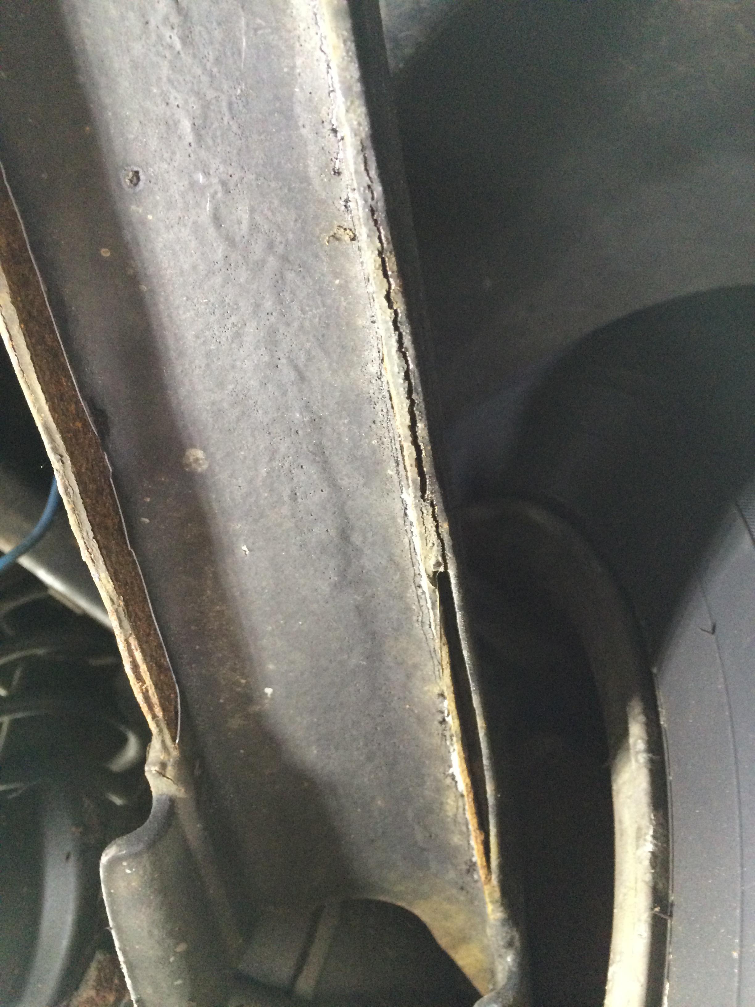 Trailing Arm Rust