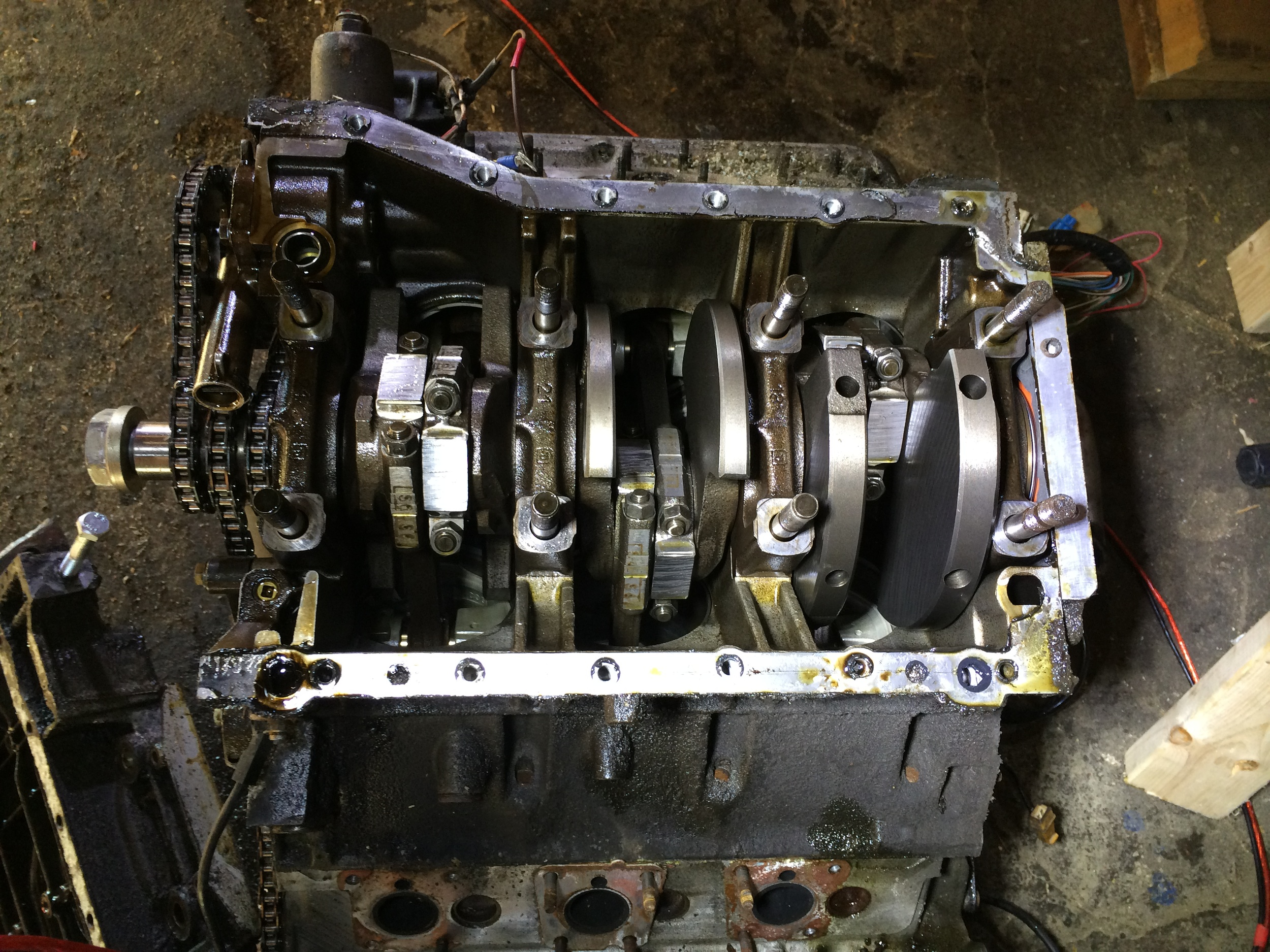 Engine Without Lower Crankcase