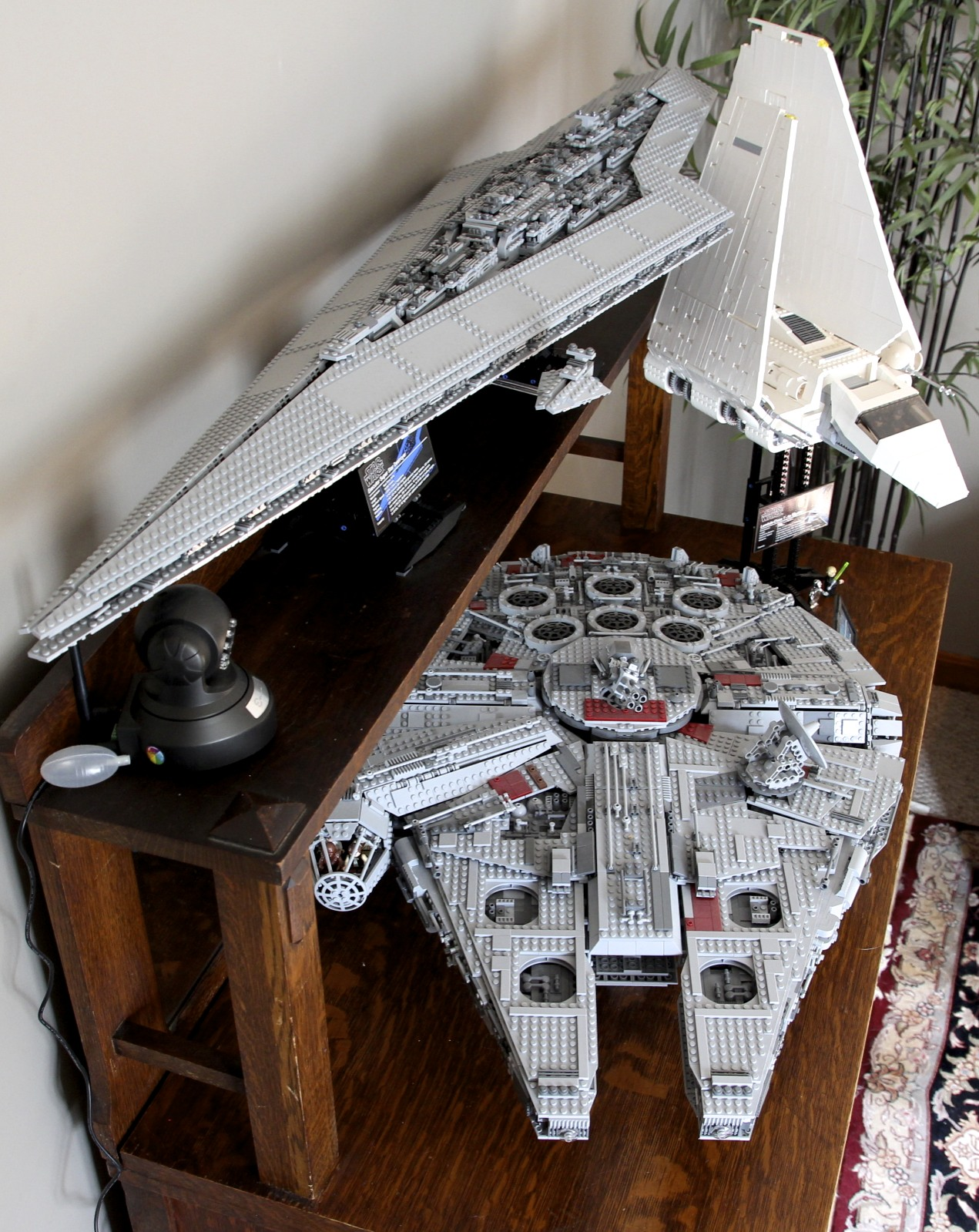 LEGO Super Star Destroyer, Millenium Falcon, Imperial Shuttle