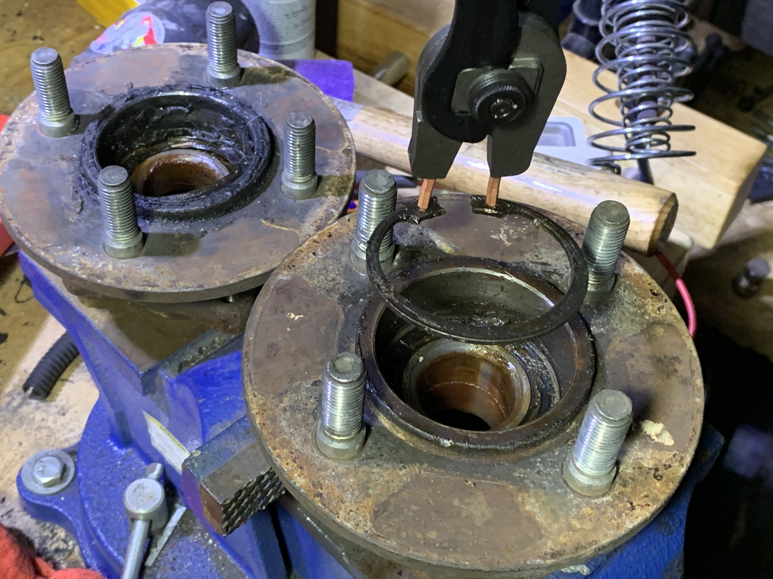 The retaining ring after removing it from the hub.