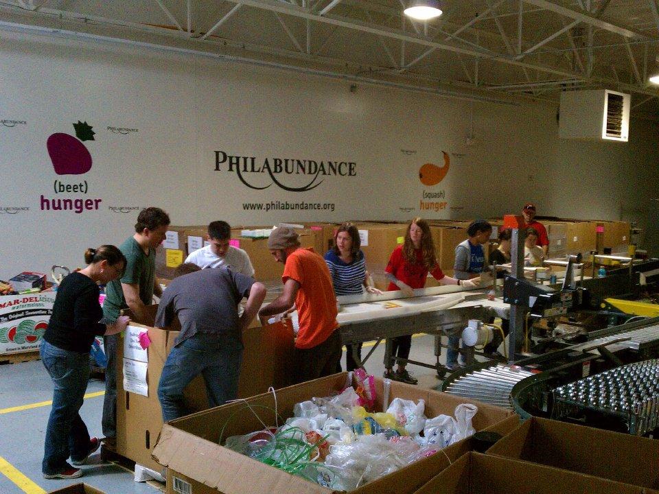 Philabundance_volunteers.jpg
