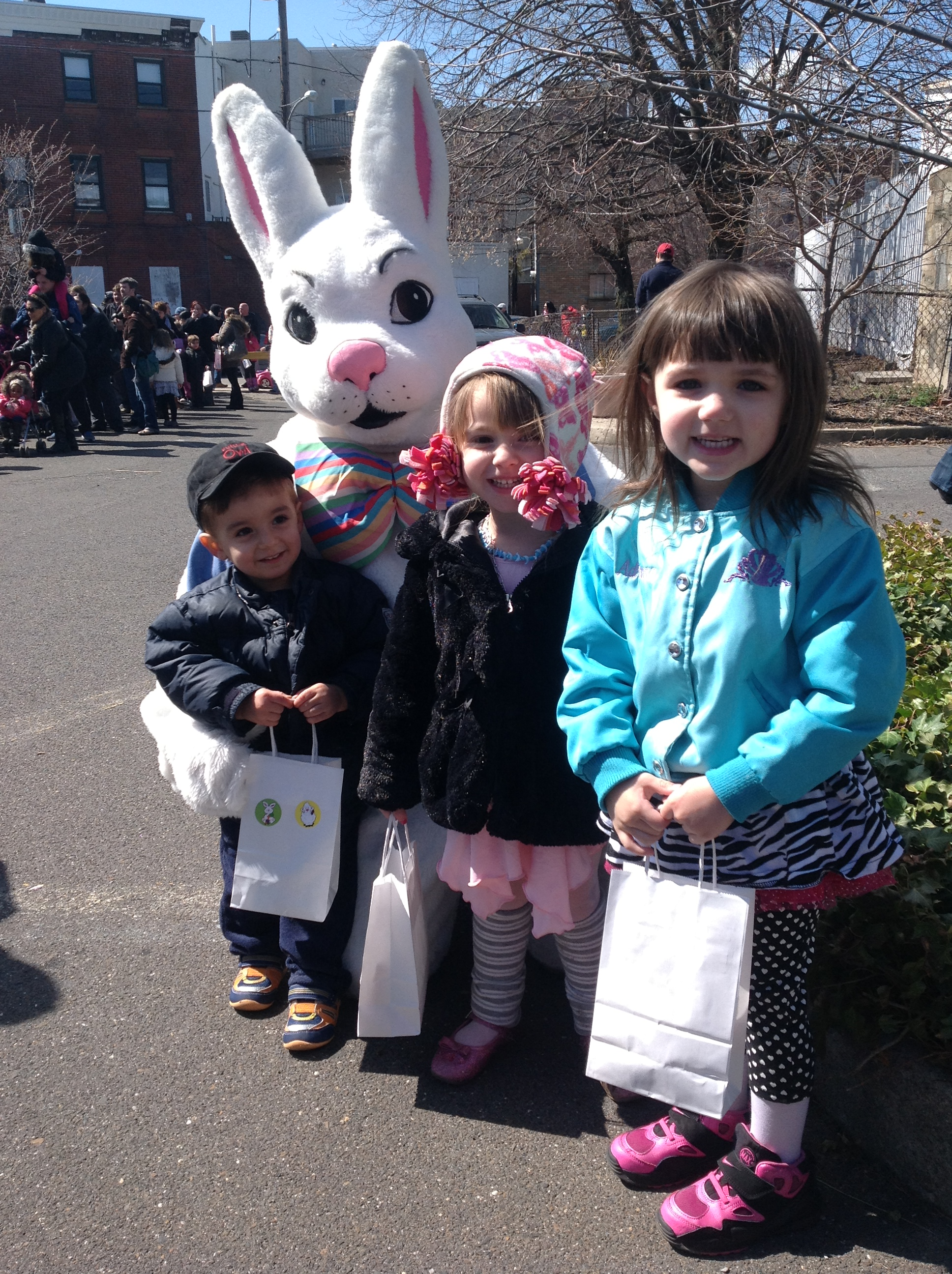 East Passyunk Egg Hunt, 2014, Philly, Free Family Fun