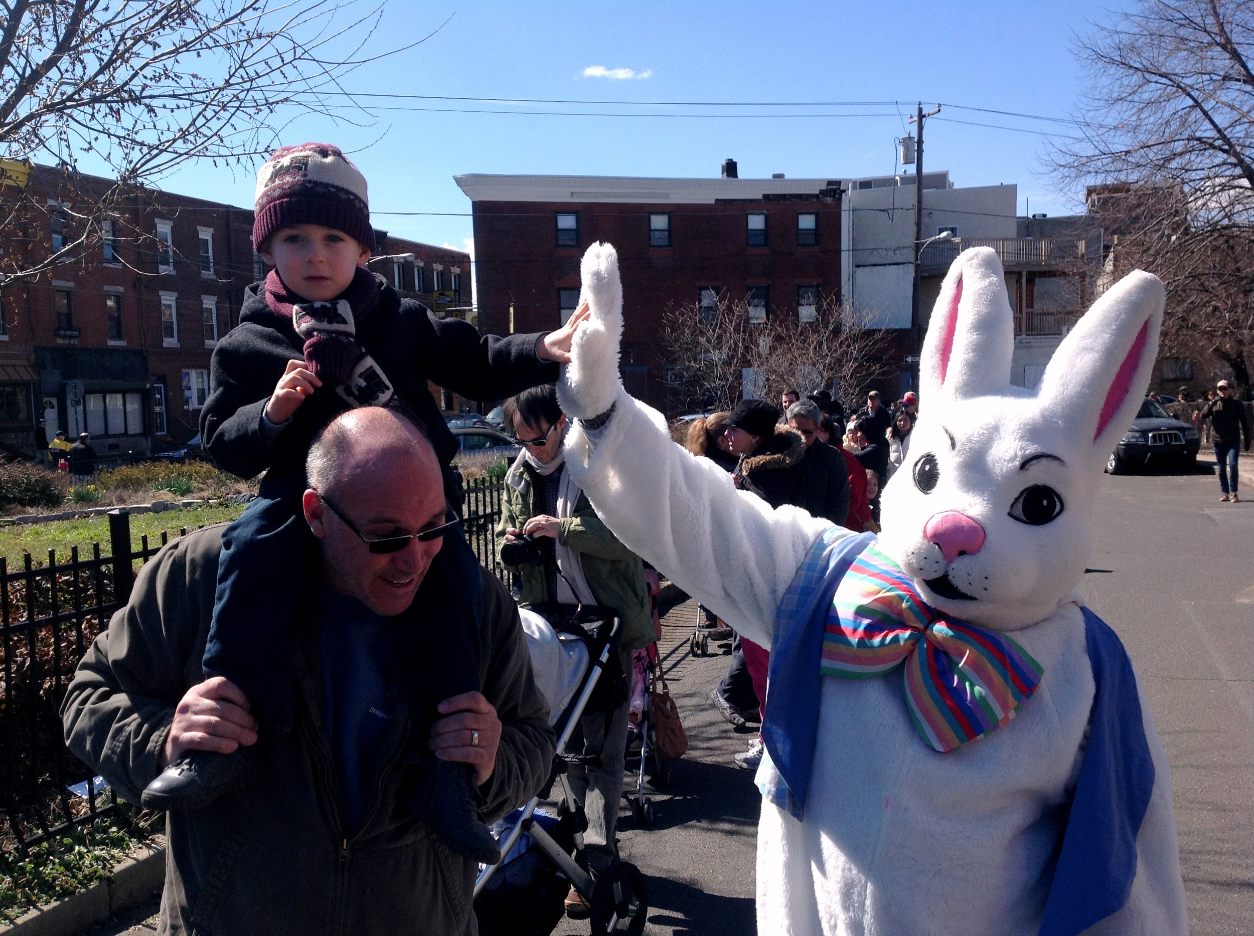 East Passyunk Egg Hunt, Bunny High Five