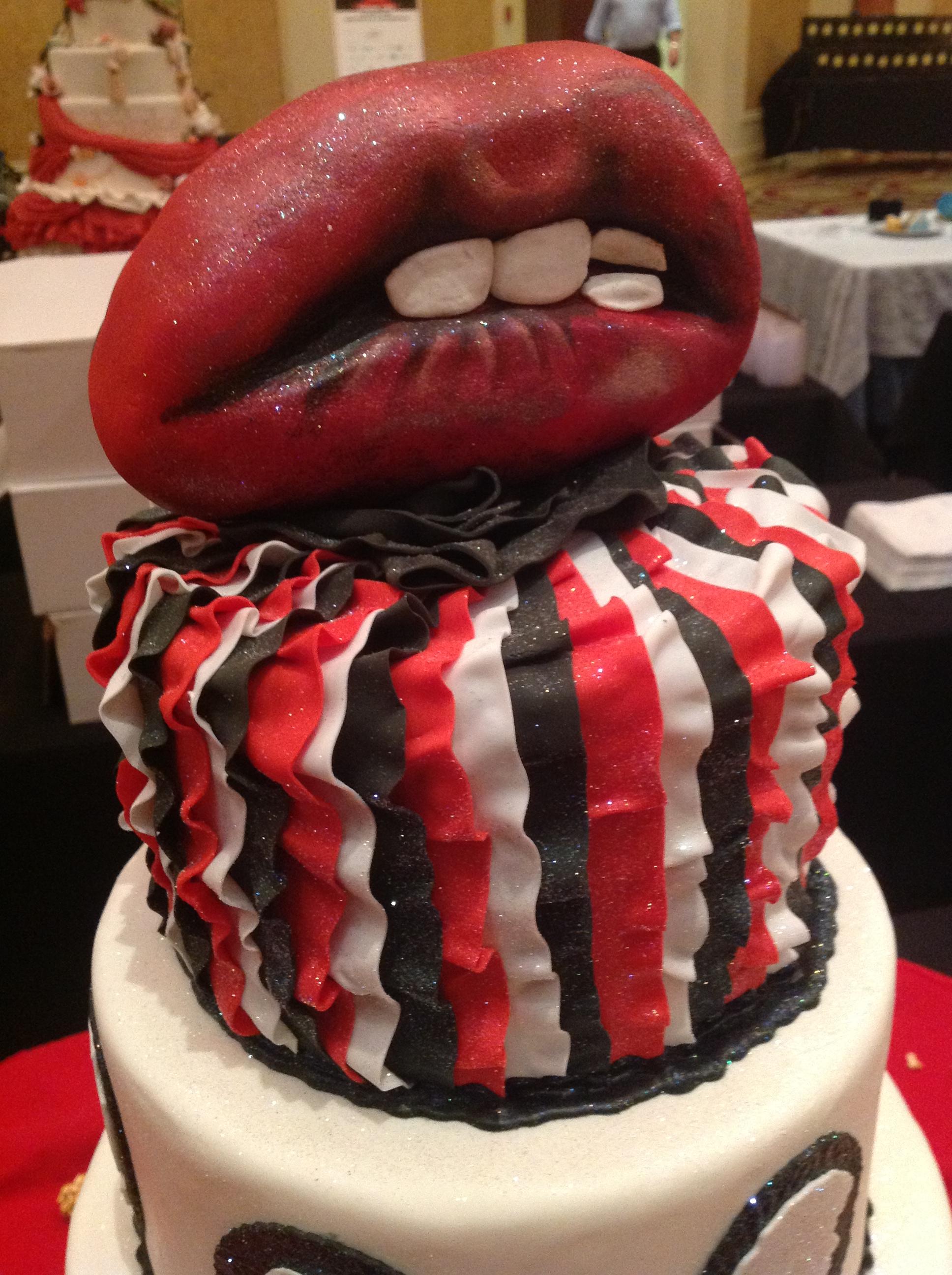 Let Them Eat Cake, City of Hope, Fantasy Weddings, Free Cupcakes