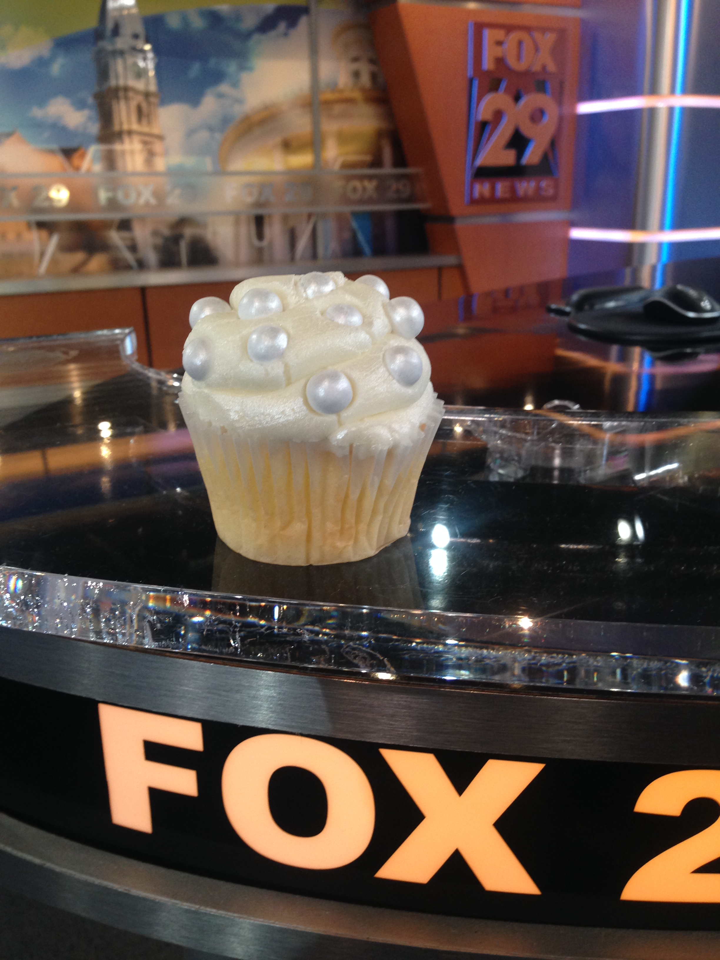 Ms Goody Cupcake, East Passyunk, Diner en Blanc, Philadelphia, PR, TV Shoot, Fox 29, Good Day Philadelphia, Sue Serio