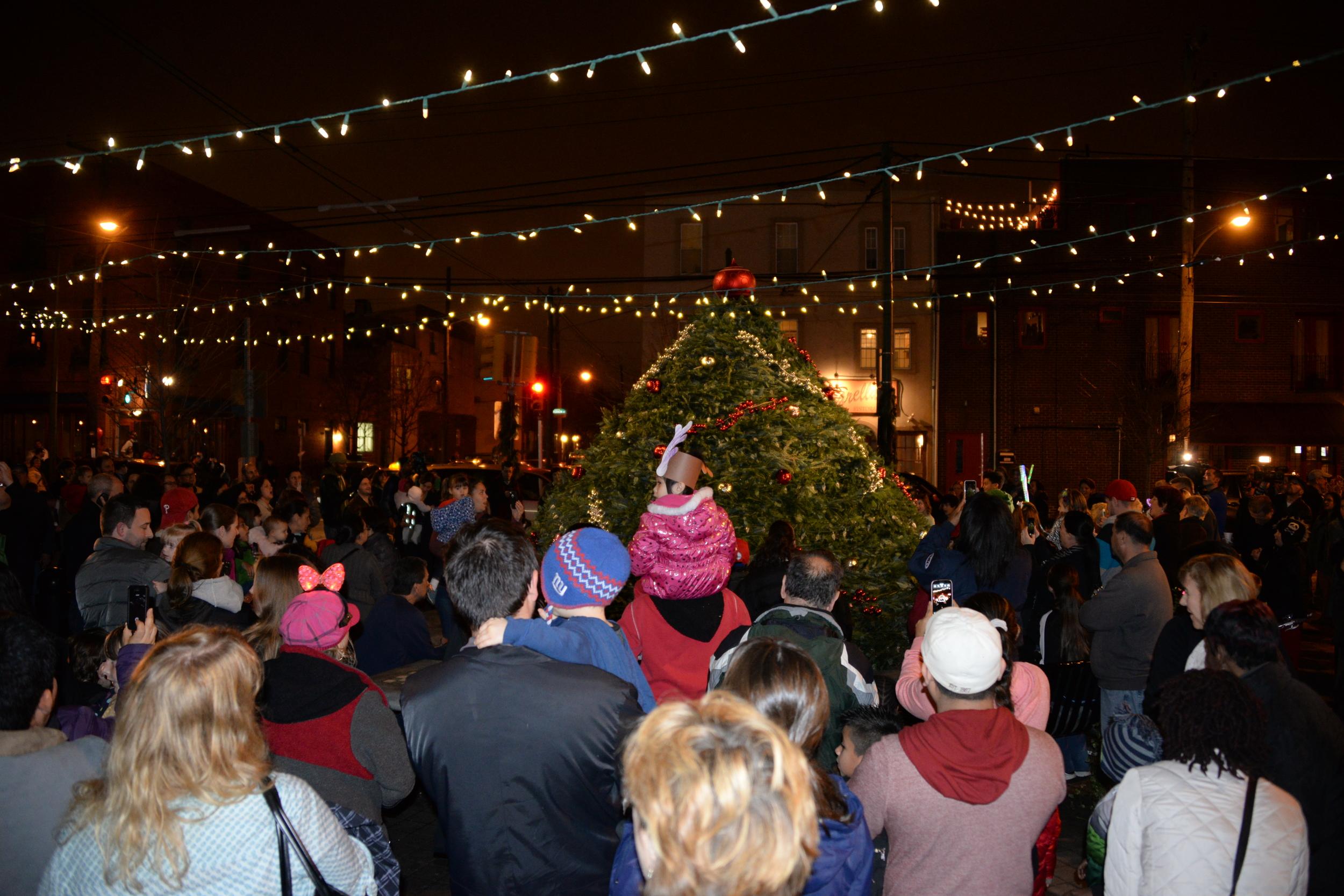 East Passyunk, Media Alert, Philadelphia, Tree Lighting