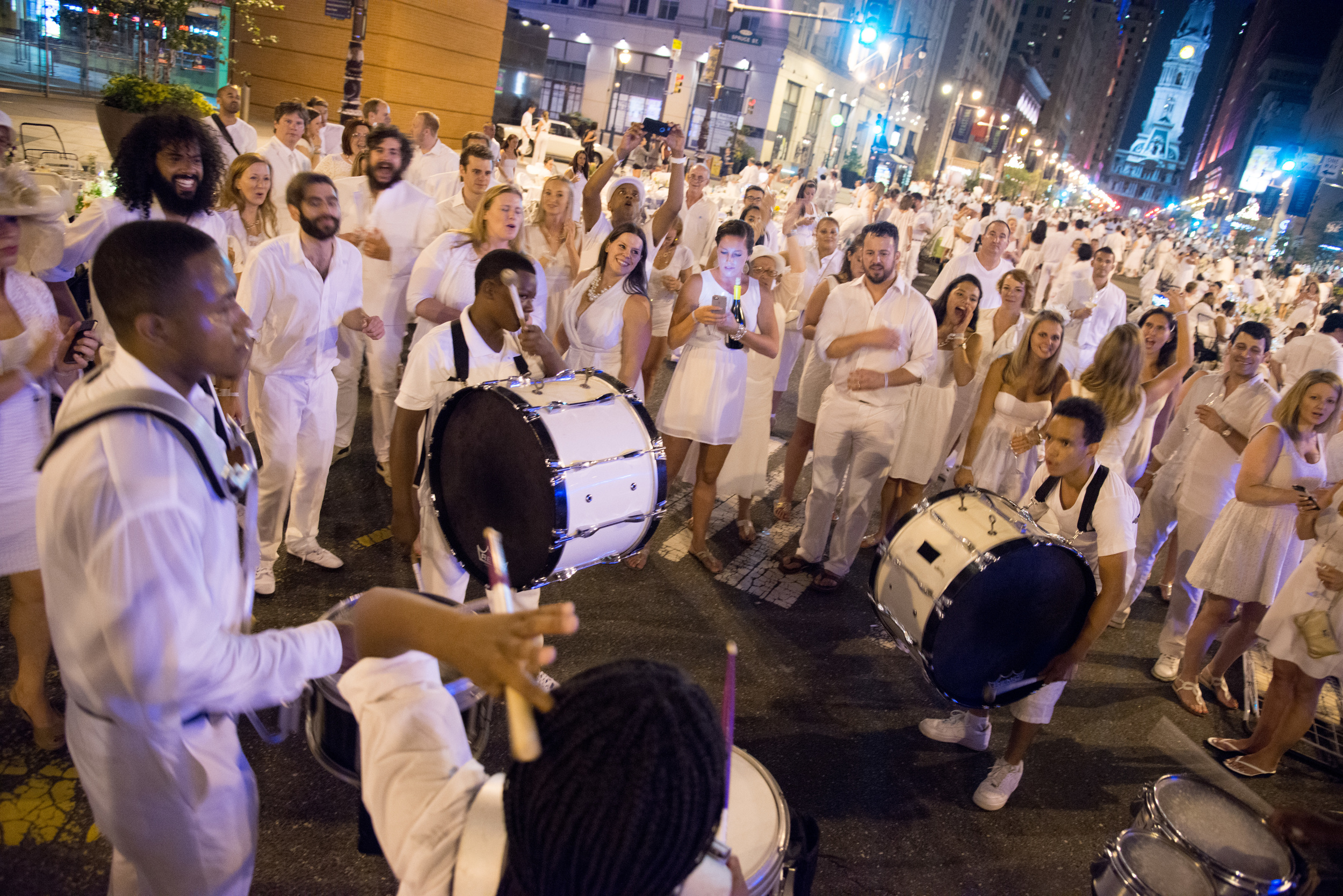 diner en blanc philadelphia, philadelphia, diner en blanc, party white, pop-up, picnic