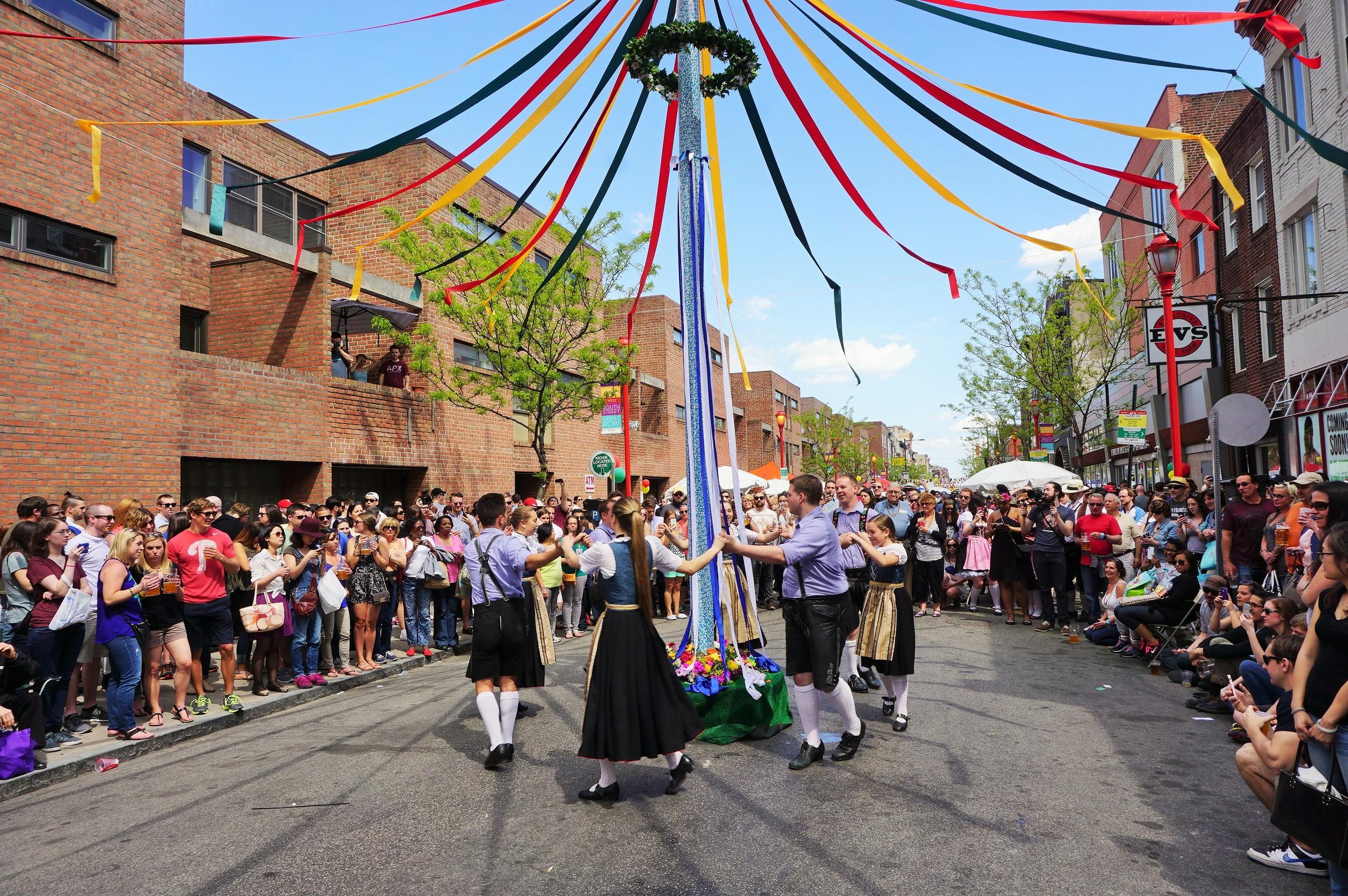 Maifest, Brauhaus Schmitz, South Street, Spring Festival, South STreet Spring Festival