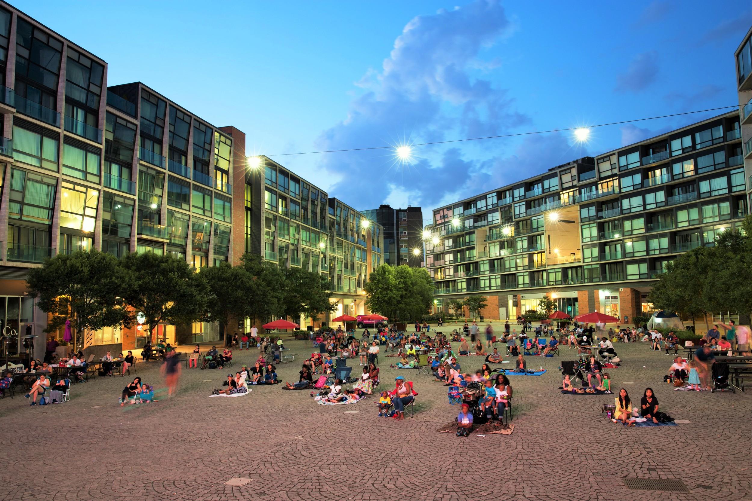 Piazza, Schmidt's Commons, Northern Liberties, DNC, Watch Party, Philadelphia, Democratic national convention