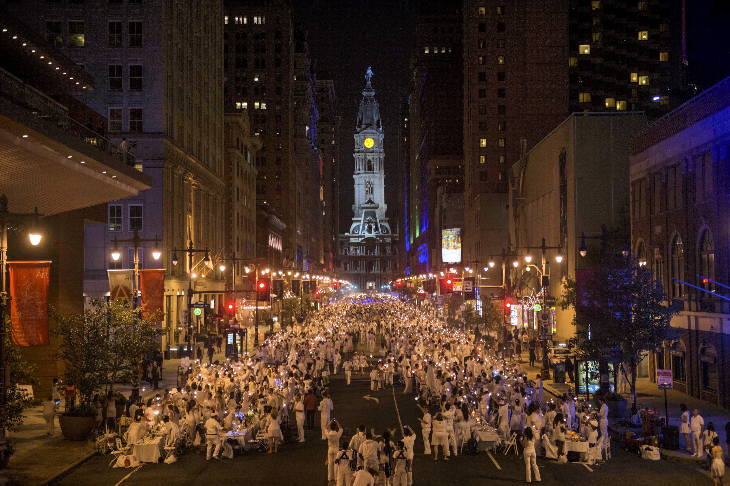 diner en blanc, philadelphia, pop-up party, white, contest, win, sold-out, aversa pr
