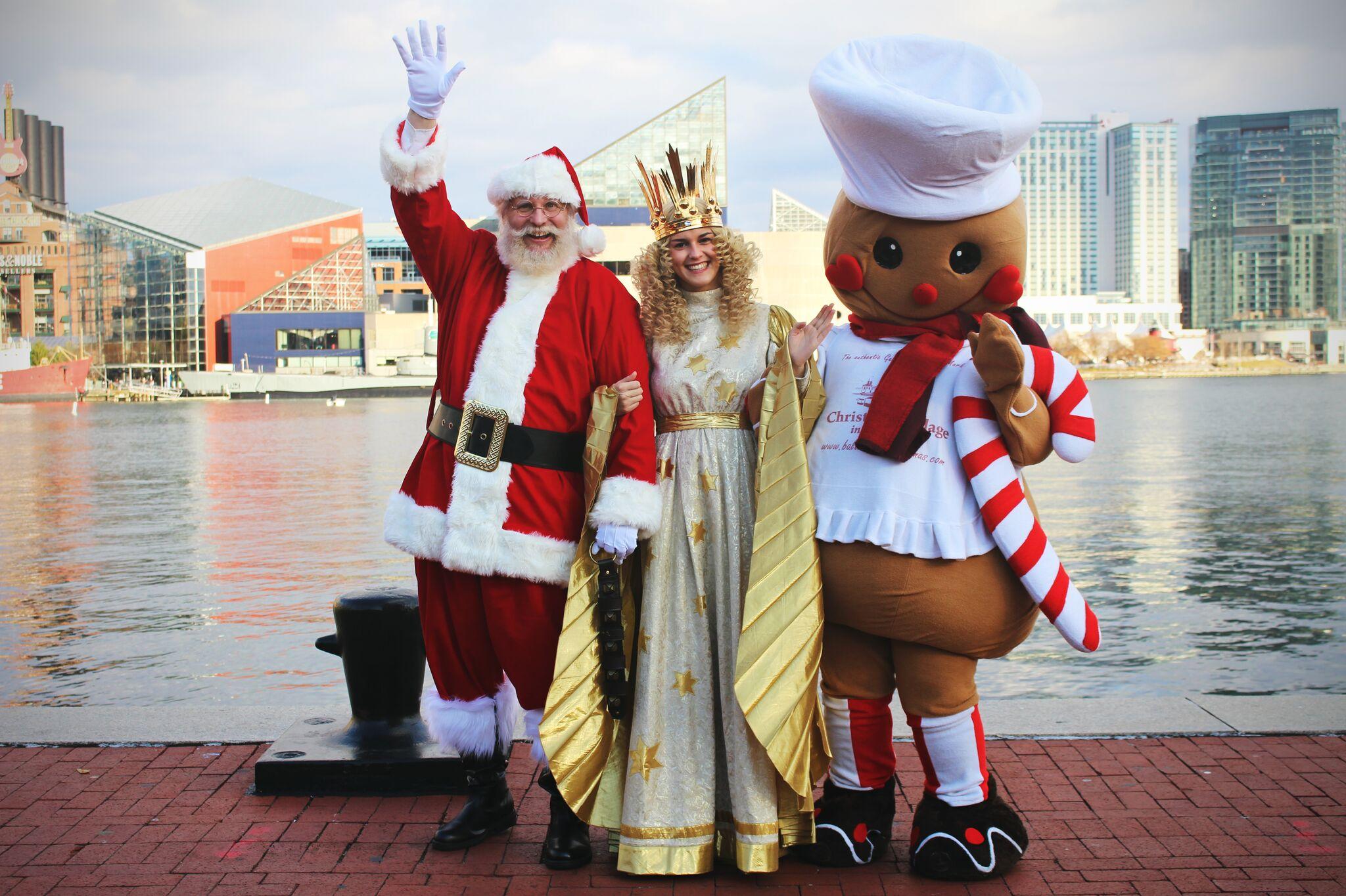 Santa, Christkind and Gingy