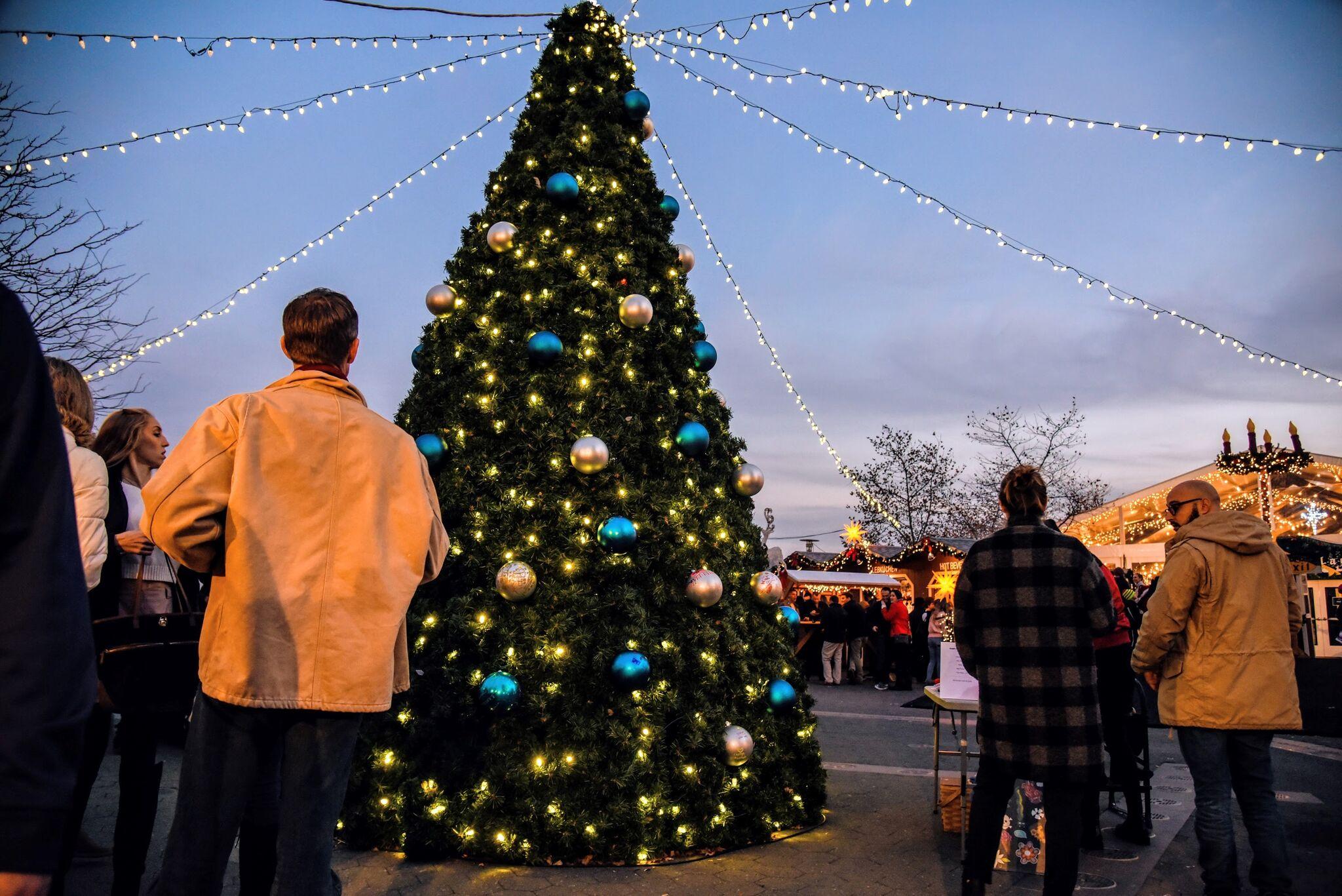 Christmas Village Baltimore Christmas Tree Lighting
