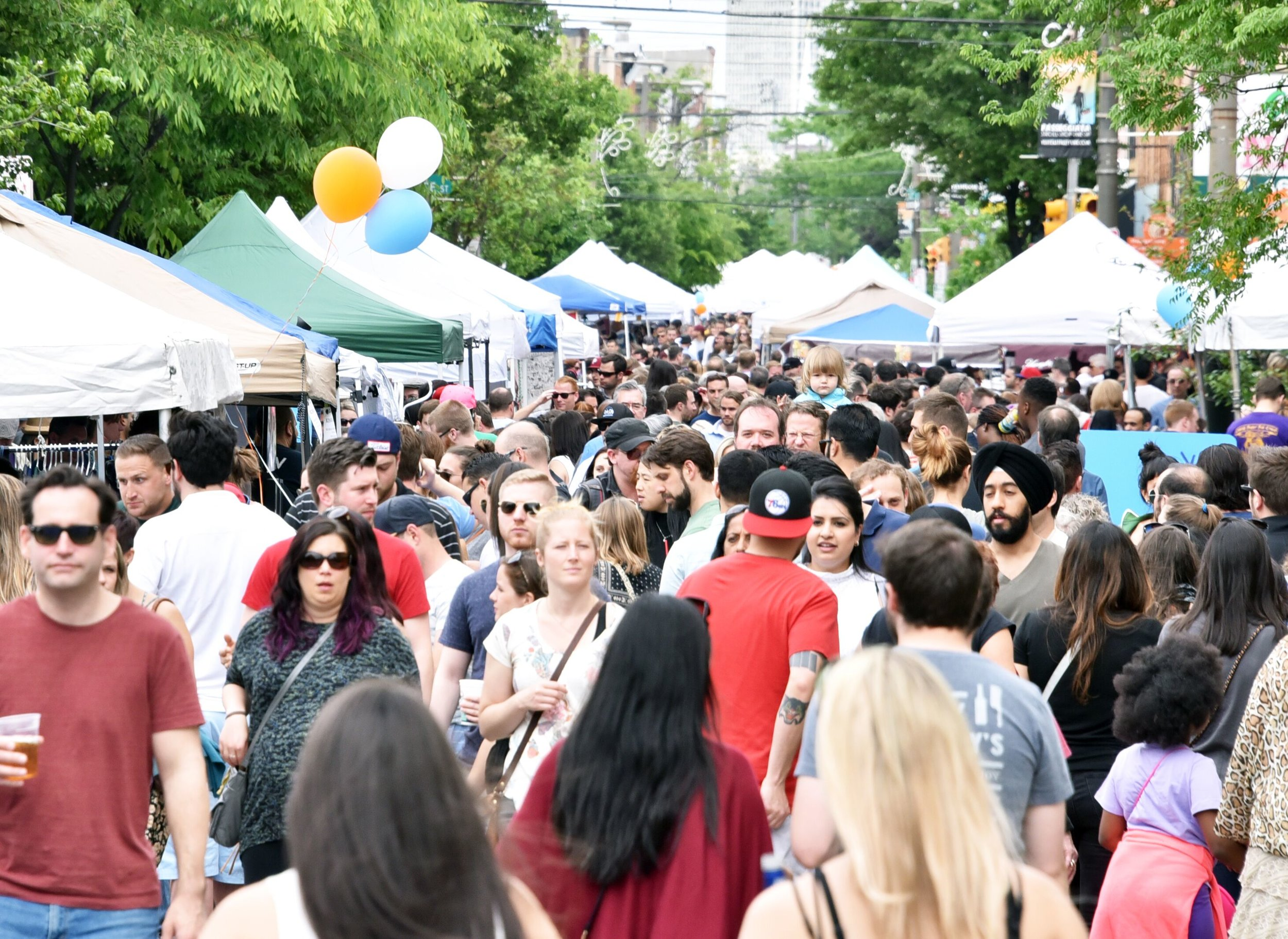 Flavors on the Avenue Food Festival Crowd 2018