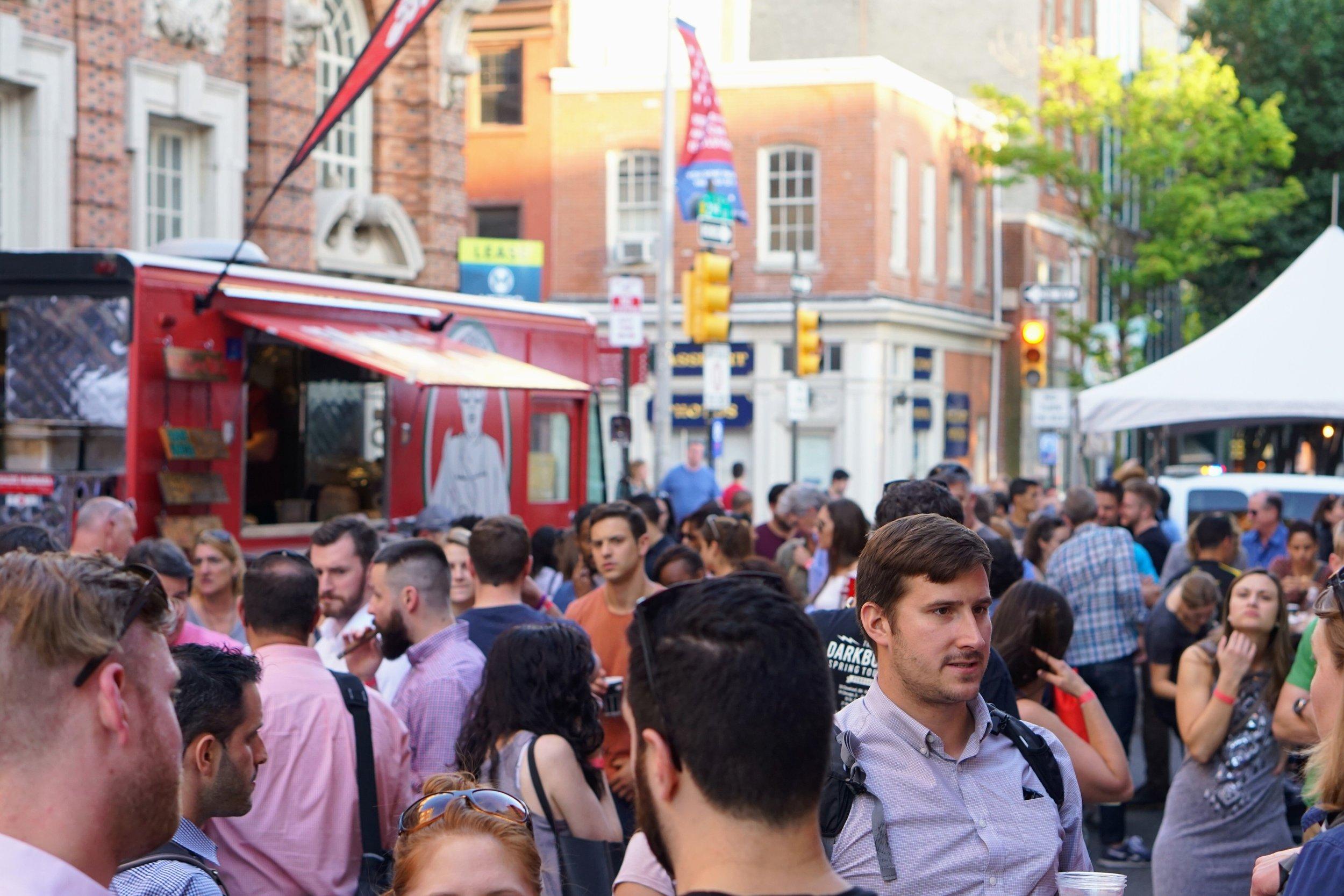 Old City Eats, Crowd Shot
