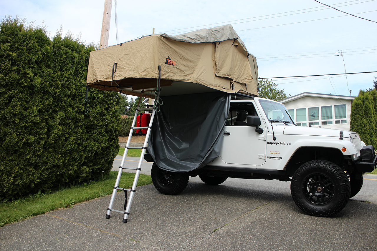 Opening the Tepui Tent for the First Time on the Jeep