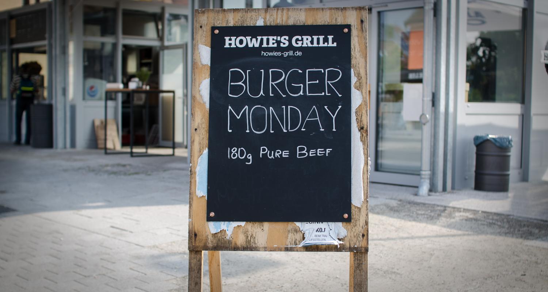 130715_Burger Monday.jpg