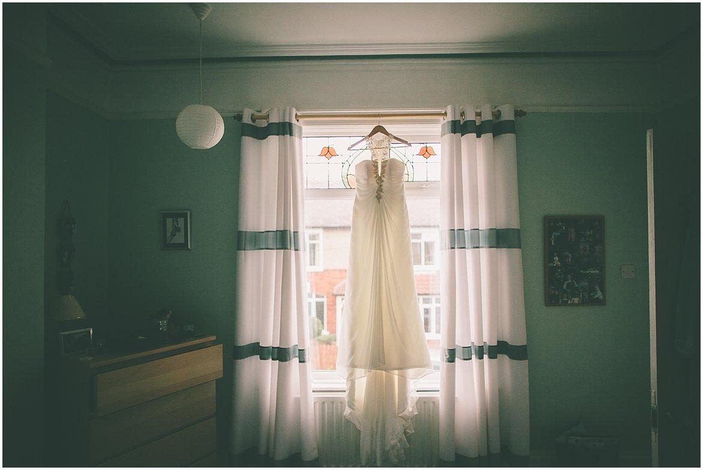 northern-ireland-wedding-photographer-larchfield_0251.jpg