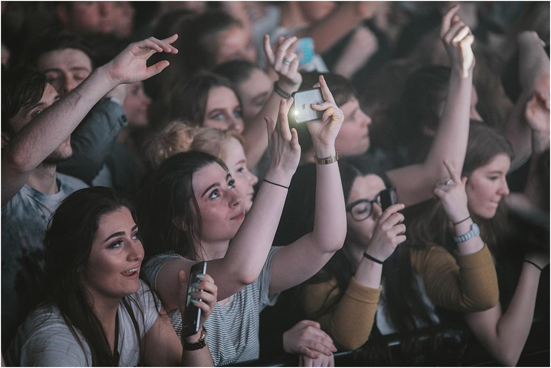 twodoorcinemaclub-a face in the crowd_0017.jpg