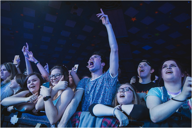 twodoorcinemaclub-a face in the crowd_0037.jpg
