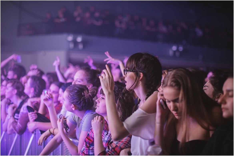 twodoorcinemaclub-a face in the crowd_0050.jpg