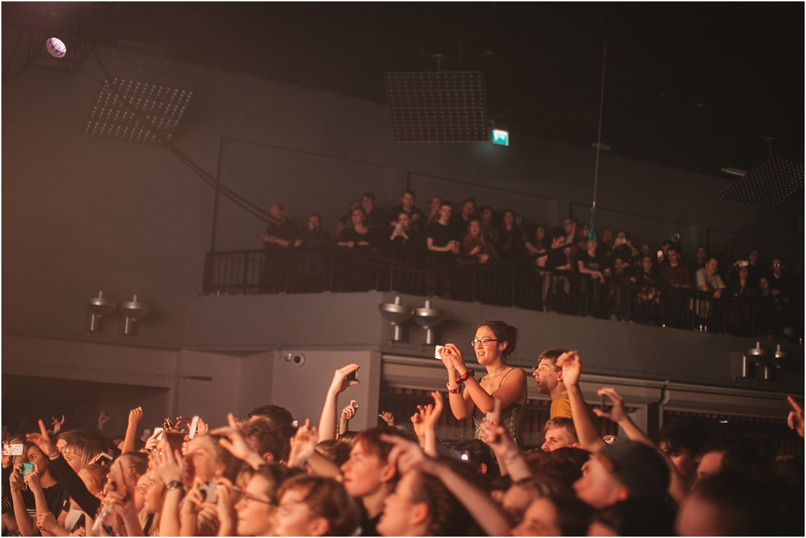 twodoorcinemaclub-a face in the crowd_0055.jpg