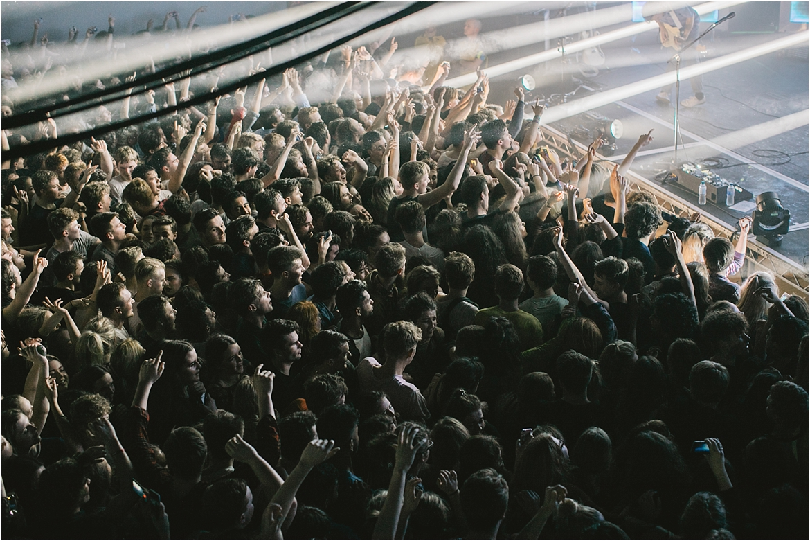 twodoorcinemaclub-a face in the crowd_0076.jpg