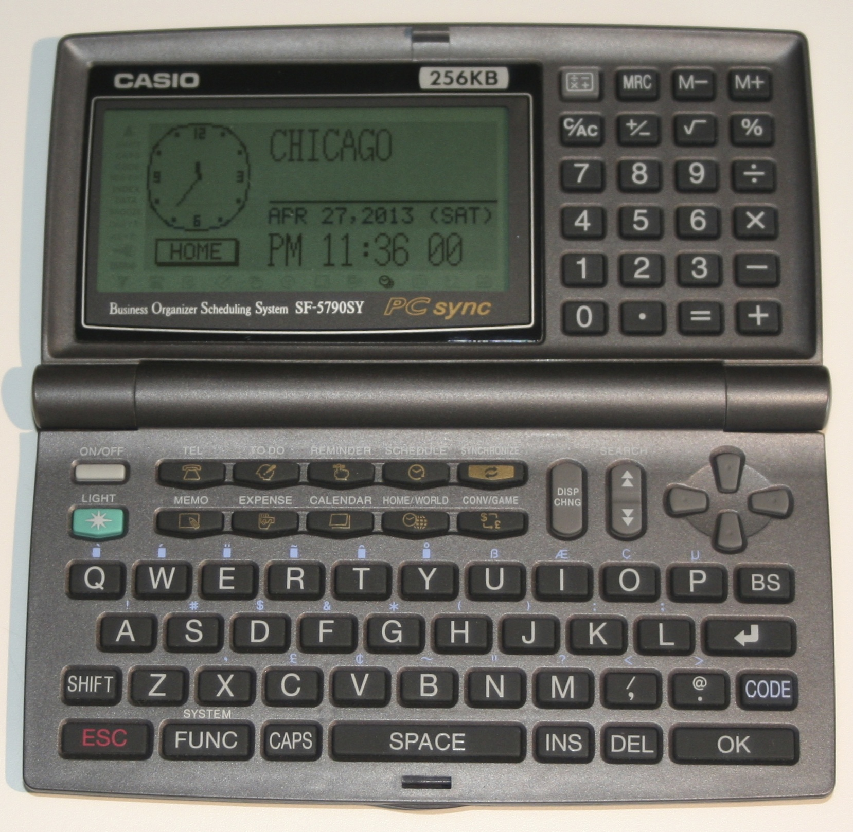 So many buttons! All those pixels! And it even has a calculator!