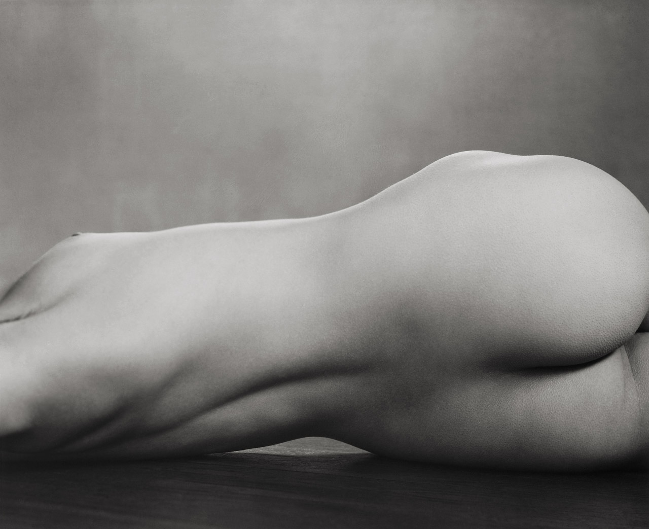 Edward_Weston-Torso-1925-thedoppelganger.jpeg