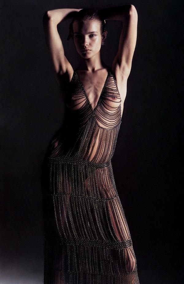 Natalia_Vodianova-Mario_Sorrenti-Vogue_Paris.jpeg