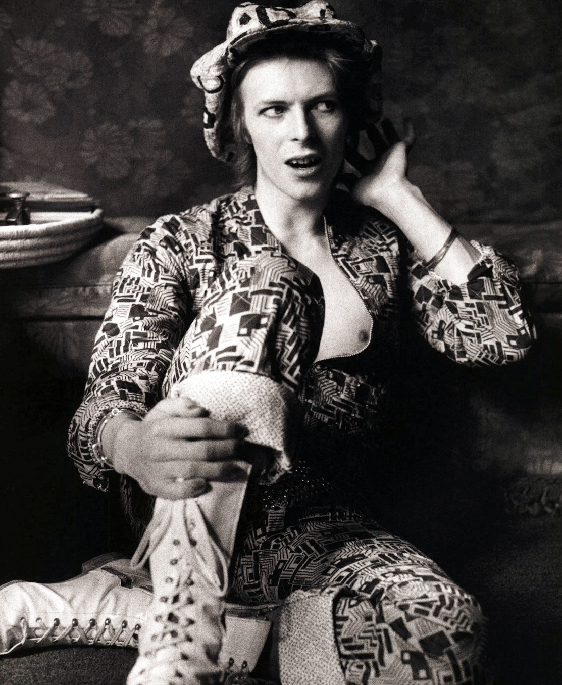 David_Bowie-Michael_Putland-1971.jpeg