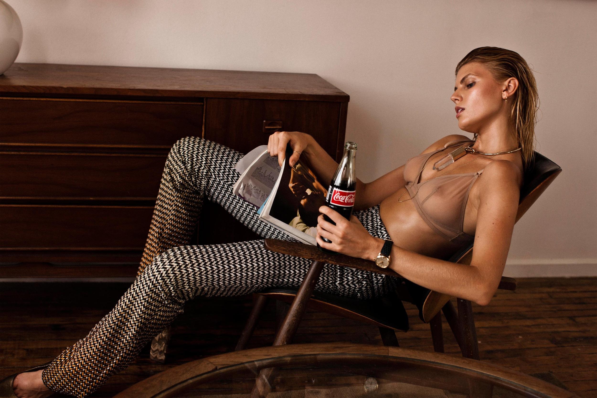 Maryna_Linchuk-Victor_Demarchelier-25_Magazine-03-itr2010.jpeg