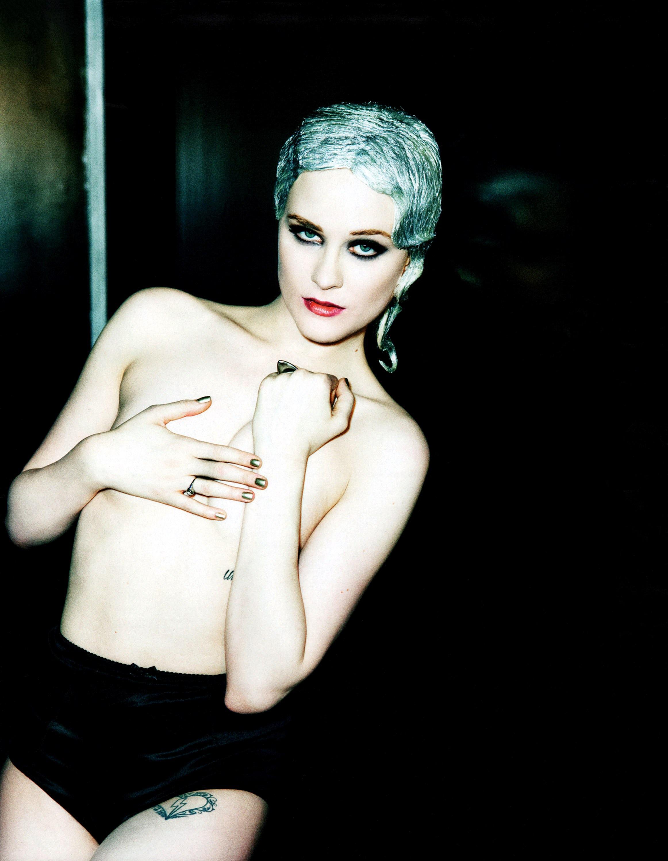 Evan_Rachel_Wood-Ellen_Von_Unwerth-Flaunt-03.jpeg